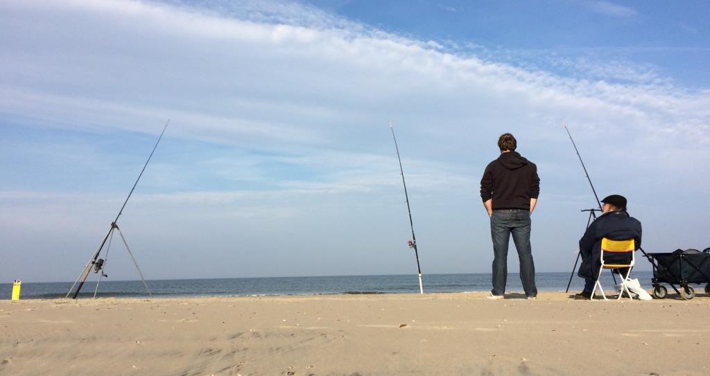 Photo of Texel, strandvissen op platvis